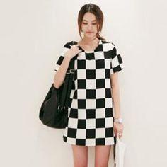 7 days return! New popular trend in 2013 South Korea dress black and white case grain Mosaic pattern