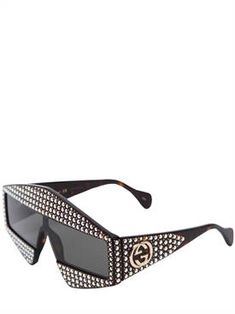 Discover women's top designer clothing, shoes and bags on LUISAVIAROMA. Gucci Sunglasses, Sunglasses Women, Fall Fashion Trends, Spring Summer 2018, Fall Winter, Lost, Bags, Shades, Accessories