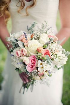 Make sure your bouquet reflects your personalty. Find out what colors mean in your wedding bouquet, and make it extra special. Bouquet Bride, Corsage Wedding, Wedding Bouquets, Wedding Flowers, Rose Bouquet, Pastel Bouquet, Wedding Dresses, Rustic Bouquet, Wedding Colors