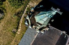 Dearth from above: aerial images of a vanishing America   Art and design   The Guardian St Peter And Paul, Environmental Degradation, Salton Sea, Places In America, California City, Aerial Images, New York City Travel, Blue Bodies, Roman Catholic