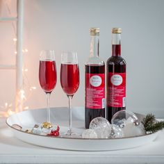 Pentik is an international interior design retailer, who wants to bring northern beauty and cosiness to homes. Christmas Drinks, Wonderful Time, Table Settings, Interior Design, Bottle, Recipes, Inspiration, Inspired, Nest Design