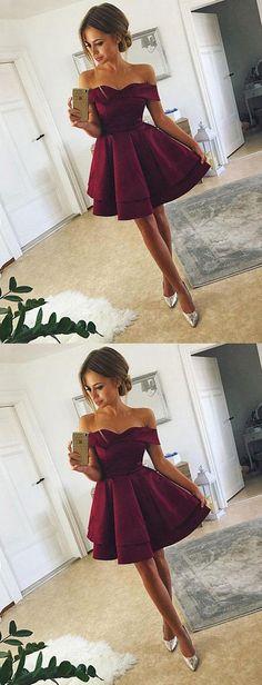 prom dress — burgundy short prom dress shop here robe de bal - bourgogne robe de bal courte ici Hoco Dresses, Cheap Prom Dresses, Dance Dresses, Dress Prom, Maroon Homecoming Dress, Junior Prom Dresses Short, Event Dresses, Tight Dresses, Wedding Dresses