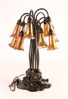 Beautiful Tiffany Studios 12 Lily Luz Abajur: Lote 581