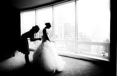 Beautiful bride photo by Kevin Weinstein   via junebugweddings.com