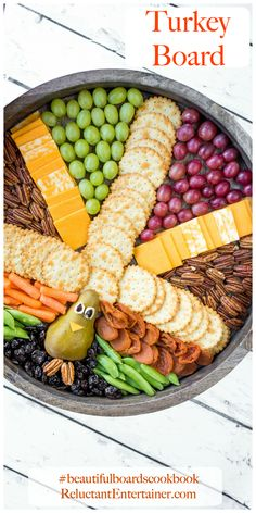 A beautiful holdiay Thanksgiving Turkey Board by The Baker Mama. How to make a festive and delicious Turkey Snack Board for everyone to gobble up! Thanksgiving Turkey, Thanksgiving Recipes, Holiday Recipes, Holiday Meals, Holiday Dinner, Holiday Crafts, Holiday Fun, Holiday Decor, Candied Walnuts