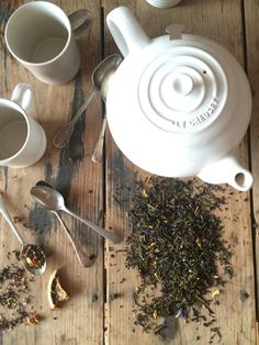 Tea by Raquel Carmona #lecreuset
