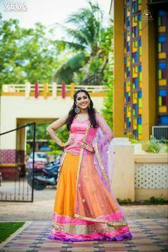 Lehenga, Saree, Indian Actresses, Blouse Designs, Kurti, Hot Girls, Celebrity Style, Backless, Celebrities