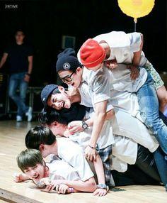 ♥ Bangtan Boys ♥ Suga ♥ Taehyung ♥ Jin ♥ J hope ♥ JungKook ♥ Namjoon ♥ & Jimin ♥ Jimin, Kookie Bts, Bts Bangtan Boy, Bts Jin, Super Junior, Btob, Foto Bts, Seokjin, Namjoon