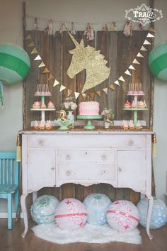 Vintage Unicorn Birthday Party via Kara's Party Ideas KarasPartyIdeas.com Desserts, favors, banners, bunting and more! #vintageunicornparty #unicornparty #unicornbirthdayparty #unicorncookies #goldunicornparty #unicornpartyideas #unicorn (20)