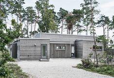 Villa Hagerman, Ljugarn – M. Villas, Building Design, Building A House, One Level House Plans, Dream Beach Houses, Toscana, Beautiful Buildings, Home Builders, Home Decor Inspiration