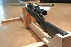 Homemade Portable Shooting Bench Plans New Diy Shooting Rest Shooting Rest, Shooting Targets, Shooting Range, Archery Targets, Shooting Sports, Portable Shooting Bench, Shooting Bench Plans, Bench Rest, Built In Bench