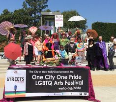 The cast of today's #onecityonepride #lgbtq #history tour #lgbt #free #art
