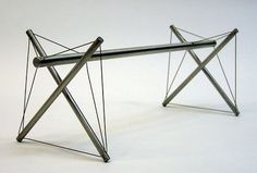 Double Cross Bar by Kenneth Snelson | Tensegrity sculpture