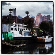 This houseboat is usually in the canal... #gowanus gowanuscanal #brooklyn