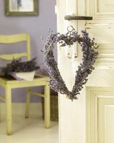 France & Provence Style  love the pale purple/yellow