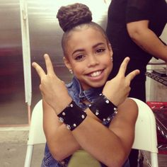 Raising Asia, Asia Monet Ray Wearing a RRD Cuff! Asia Ray, Asia Monet Ray, Dance Moms, Actresses, Celebrities, Cute, People, Dancers, Raising