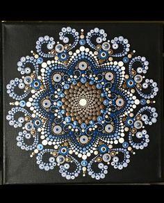 Dot Art Painting, Rock Painting Designs, Painting Patterns, Stone Painting, Mandala Art Lesson, Mandala Drawing, Mandala Painting, Mandala Painted Rocks, Mandala Rocks