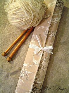 Range - aiguilles à tricoter en toile de Jouy et dentelle par Au Fil d'Antan