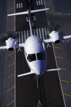 IN FOCUS: Piaggio looks to special missions market with Avanti and new jet Private Plane, Private Jets, Luxury Jets, New Jet, Air Machine, Airplane Design, Commercial Aircraft, Civil Aviation, Aircraft Design