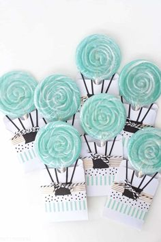 Hot Air Balloon Baby Shower Theme for a Boy Baby Shower! Ideas for DIY Decorations, Food, and Favors! #babyshower #babyshowerideas #boy #boybabyshower #babyshowertheme #hotairballoon #decorations #babyshowerdecorations #babyshowerdiy #babyboy #ohboy #balloons