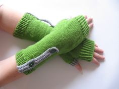 Green Fingerless Gloves Wool Arm Warmers Fingerless by Lupiko