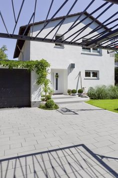 einfahrt rasengittersteine google suche au engestaltung haus outdoor projects und. Black Bedroom Furniture Sets. Home Design Ideas