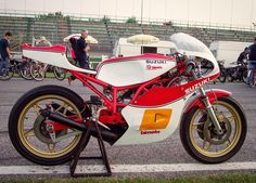 Suzuki Bimota SB1 racer at the swap market on the imola racetrack. The engine is from the tr500 #suzuki #bimota #twostroke #imola #classicracer #vintageracer #classicbikedaily