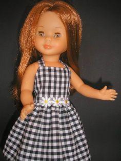 Pasión por nancy: VESTIDOS CORTOS American Girl, Pram Toys, Nancy Doll, Old Dolls, Barbie Dress, Couture, Girl Dolls, Doll Clothes, Flower Girl Dresses