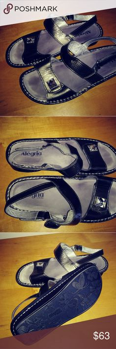 Alegria Women's sz 10 m Sandals Mint Soles...appears never worn ...dark silver gray as 10 Sandals with back buckle strap and faux diamond on front. Alegria Shoes Sandals