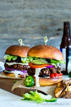 Spicy Cajun Chickpea Veggie Burgers with Jalapeño Aioli Drool