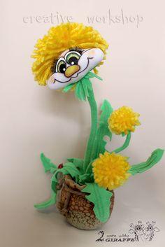 закрытый мастер-класс Озорной «Одуванчик» Людмилы Набиуллиной Felt Crafts, Diy And Crafts, Crock Pot Tacos, Dandelion Flower, Crochet Mouse, Chicken Tacos, Soft Sculpture, Crochet For Kids, Fabric Dolls