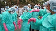 लाइबेरिया में इबोला से निपटने में मदद पहुंचाने के लिए स्वीडन अपने विशेषज्ञ भेज रहा है।