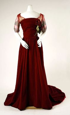 Dress, Evening  House of Worth  (French, 1858–1956)    Date:      1898–1900  Culture:      French  Medium:      silk by jayne