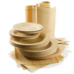 Looking for a new look for your dining room table? Explore eco-friendly, bamboo table decorations and serving utensils. Shop our entertainment collection. Bamboo Table, Dining Ware, Disposable Plates, Picnic Set, Serving Utensils, Plastic Plates, Green Kitchen, Sustainable Living, Plate Sets