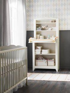 El cambiador para la habitación del bebé