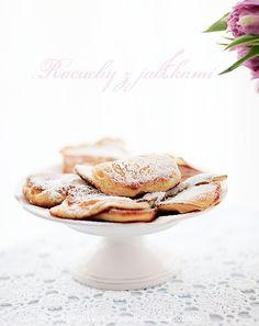 White Plate: Racuchy z jabłkami