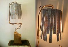 Lámparas elaboradas con cintas métricas.
