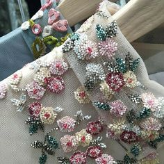 Irresistible Embroidery Patterns, Designs and Ideas. Awe Inspiring Irresistible Embroidery Patterns, Designs and Ideas. Tambour Beading, Tambour Embroidery, Couture Embroidery, Embroidery Fashion, Ribbon Embroidery, Embroidery Stitches, Floral Embroidery, Hand Embroidery Designs, Embroidery Patterns