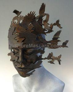 Flock art , portrait sculpture A raven-themed mask called 'Corvus Flight' by The Art of the Mask Mascara Papel Mache, Raven Art, Paper Mask, 3d Studio, Masks Art, Sculpture Clay, Mask Design, Sculpting, Art Projects