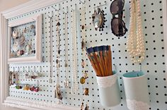 Creative uses for pegboards with DIY pegboard and pegboard organization ideas. Pegboard installation and storage ideas for crafts, office, garage, garden. Jewellery Storage, Jewellery Display, Earring Storage, Diy Jewelry Wall Display, Necklace Storage, Mens Jewellery, Necklace Display, Jewellery Boxes, Jewelry Organization