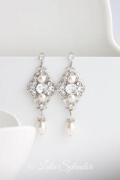 Bridal Earrings Ivory pearl Earrings Swarovski by LuluSplendor