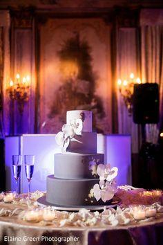 Marvelous wedding cake. http://www.maharaniweddings.com/gallery/photo/111824