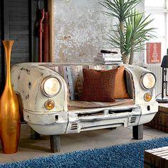 Sitzbank Auto mit Beleuchtung | Pharao24.de - Ungewöhnliche Bank in Form eines Autos mit Scheinwerfern. Die Bank besteht aus Metall und altem Holz mit bunten Farbresten. Ein toller, kreativer Eyecatcher in jedem Raum. Hier erleben: http://www.pharao24.de/sitzbank-auto-joker-im-loft-design-mit-beleuchtung.html#pint