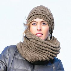 knit cowl and hat FREE PATTERN ♥ 3000 FREE patterns to knit ♥ http://pinterest.com/DUTCHYLADY/share-the-best-free-patterns-to-knit/