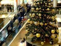 Report: Kuwaiti Minister Orders Removal of Un-Islamic Market Christmas Tree Rustic Christmas, Christmas 2019, Christmas Tree, Christmas Decorations, Holiday Decor, Decor Crafts, Breitbart News, Islamic, Decor Ideas