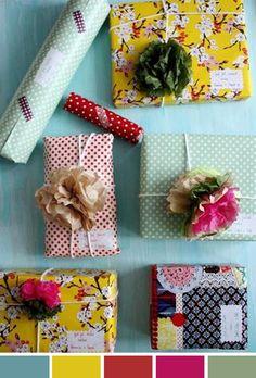 """Agora só quero dar presentes com essa carinha """"caseira"""", DIY, com embalagens lindas de papel estampado, barbante, flores, washi tapes e etiqueta escrita à mão. Não é um amor?"""