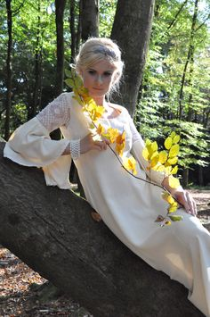 Late Summer walk in the woods, with Calling All Hipsters Vintage and Indra, <3 <3 <3