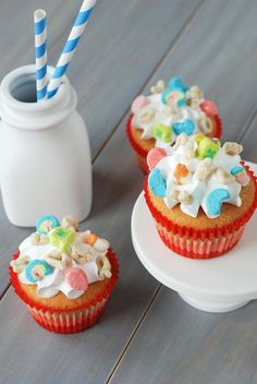 The Novice Chef » Lucky Charms Cupcakes (Cereal Sweets & Treats Cookbook Giveaway)