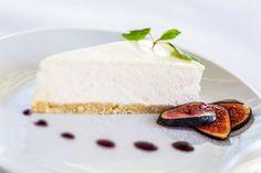 Rezept für eine leichte Low Carb Mascarpone-Torte: kohlenhydratarm, kalorienarm, ohne Zucker und Getreidemehl gebacken  - einfach und kalorienarm. www.ihr-wellness-magazin.de