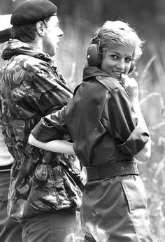 SHE WAS ALWAYS SO DOWN-TO-EARTH CUTE........JUST HER FUN-LOVING NATURE..............ccp